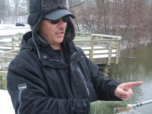 Holmes explains the average length of pickerel in the Thames.