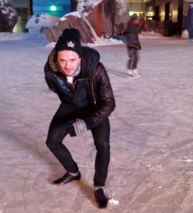 ew Zealand short track speed skater Blake Skjellerup demonstrates the sport's starting stance.