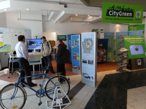 Jamie Skimming talks to Londoners about the city's environmental strategy at the CityGreen space.